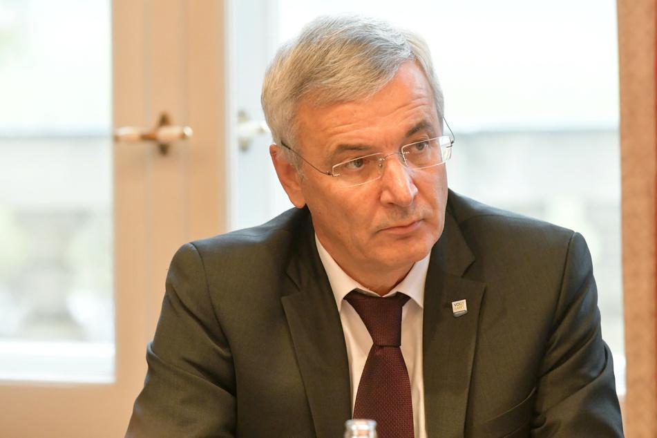 Beim Elsterradweg klagte Rolf Keil (CDU) auf Kosten der Steuerzahler stur bis vor das Bundesverwaltungsgericht - und verlor.