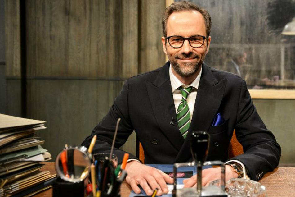 """Kurt Krömer (46) ist bei """"Chez Krömer"""" sowohl Moderator als auch Unruhefaktor vom Dienst."""