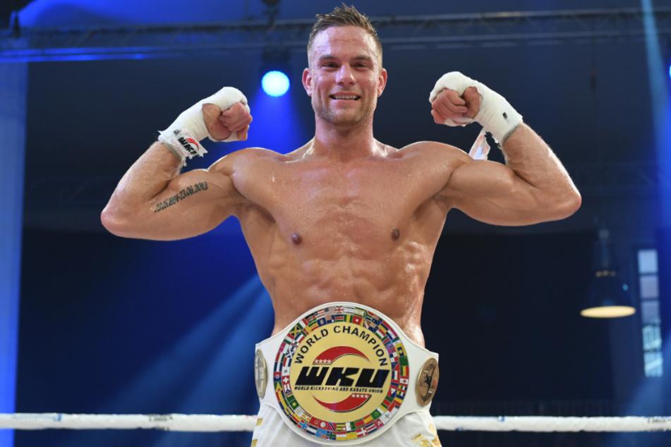 Kickboxer mit Erfolg: Sebastian Preuss (29) freut sich über seinen Sieg in der WKU Weltmeisterschaft im Thaiboxen. (Archivbild)