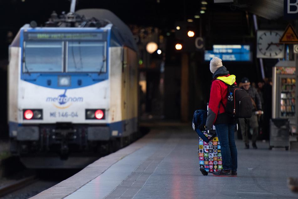 Winter-Chaos! Metronom stellt Zugverkehr in Niedersachsen ein
