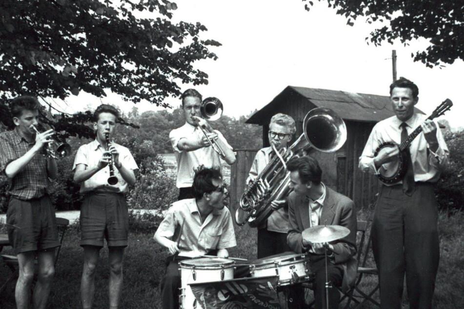 """Klaus Wilk kennt sogar noch die Ur-Besetzung der """"Elb Meadow Ramblers"""", die sich 1955 als Amateur-Dixie-Band gründeten."""