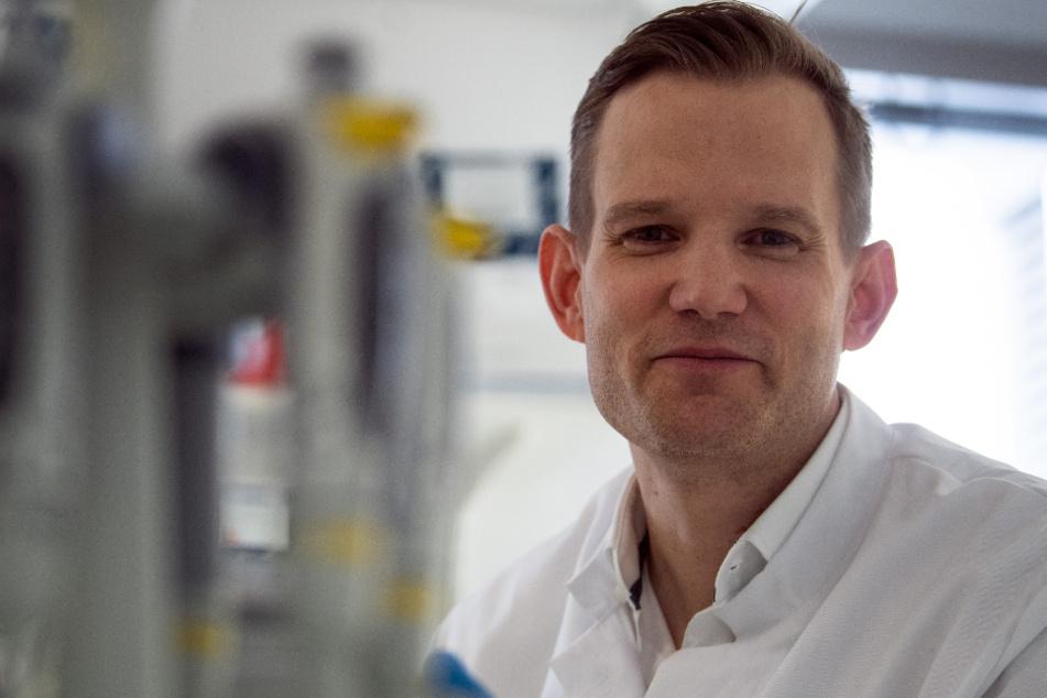 """Virologe Streeck erkennt keine zweite Corona-Welle, sondern """"Dauerwelle"""""""