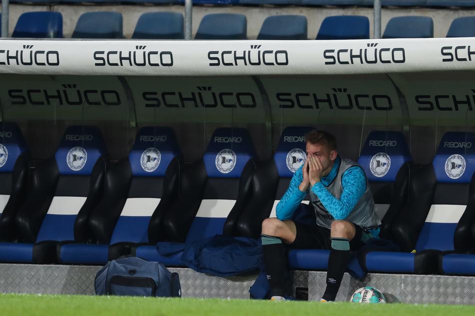 Schalkes Abwehrspieler Timo Becker (24) nach dem besiegelten Abstieg von S04.