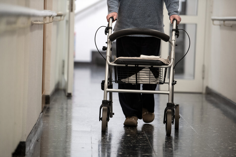 Trotz Impfung: Offenbar Corona-Ausbruch in Altenheim!