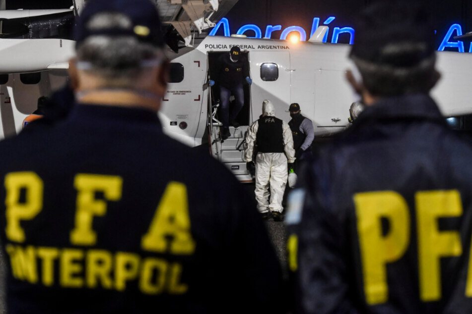Argentinien: Mitglieder von Interpol in Buenos Aires.
