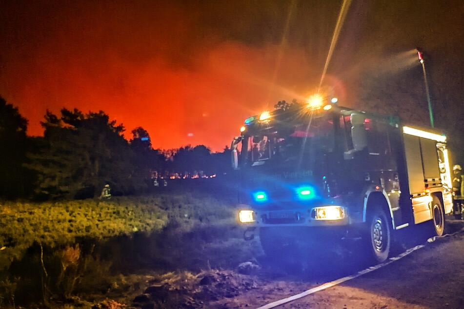 Großbrand an NRW-Grenze unter Kontrolle