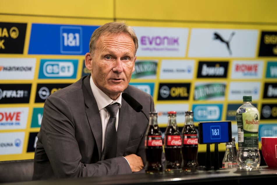 Für Hans-Joachim Watzke (61) ist klar, dass er Haaland so lange wie nur möglich an den BVB binden möchte.