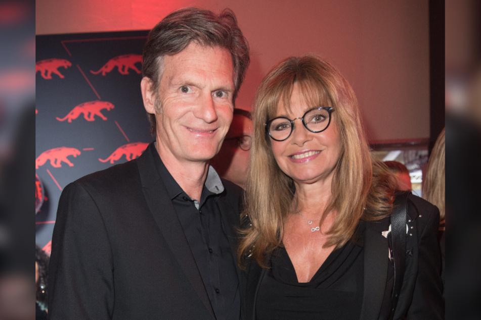 Ex-Glücksradfee Maren Gilzer (hier mit Ehemann Harry Kuhlmann) ist auch zu Gast.