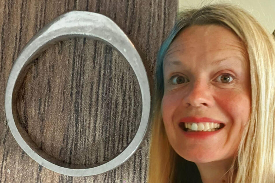 Miracle at sea: Wedding ring lost on beach found on couple's anniversary