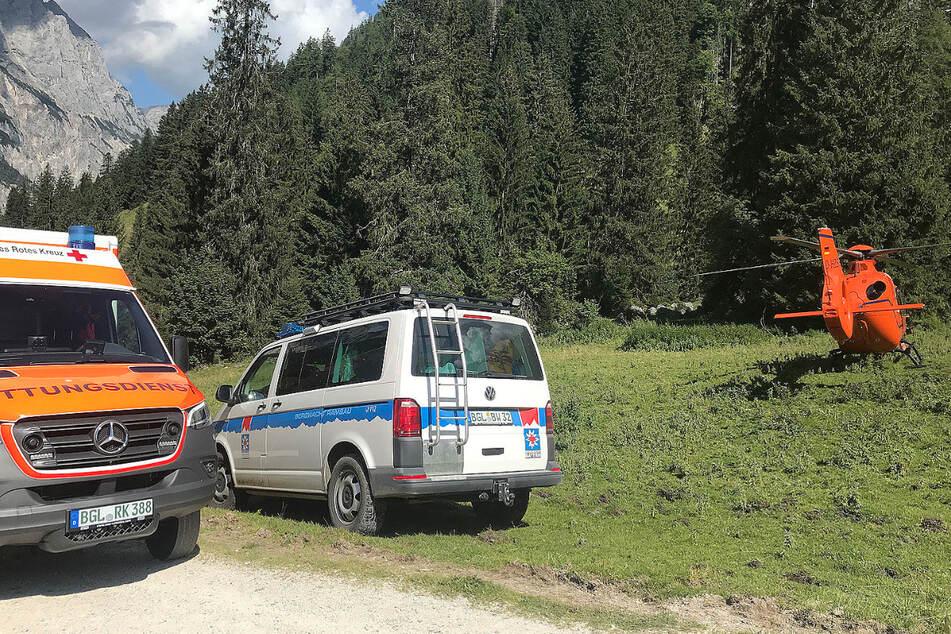 Die Heli-Besatzung, die Bergwacht und die Sanitäter des Rettungswagens versuchten den Mann zu retten.