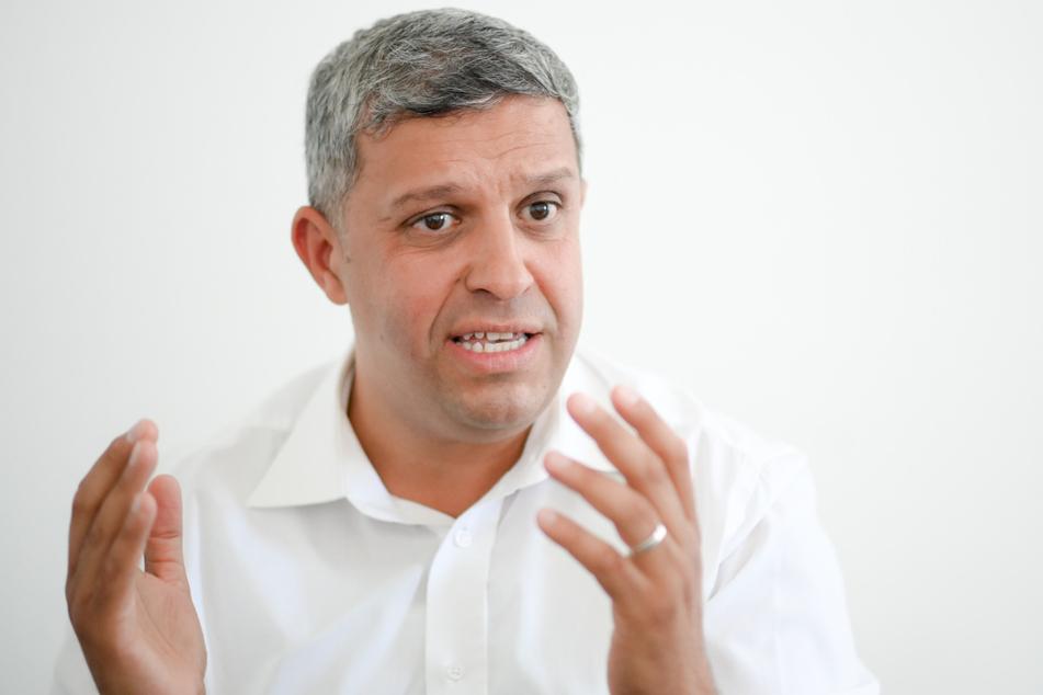 Der Fraktionsvorsitzende der Berliner SPD Raed Saleh (44) hat den Berliner Senat verteidigt.