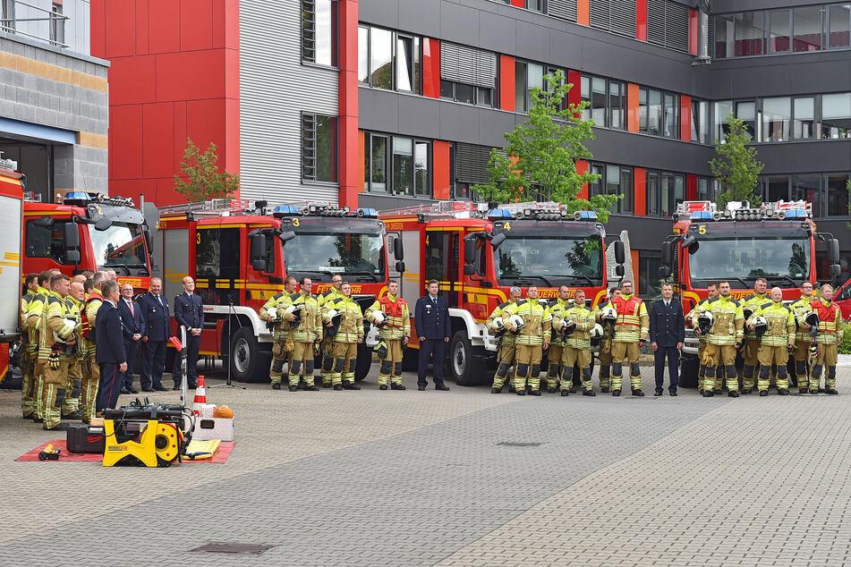 Dresden setzt neben der Berufsfeuerwehr auch auf Ehrenamtler.