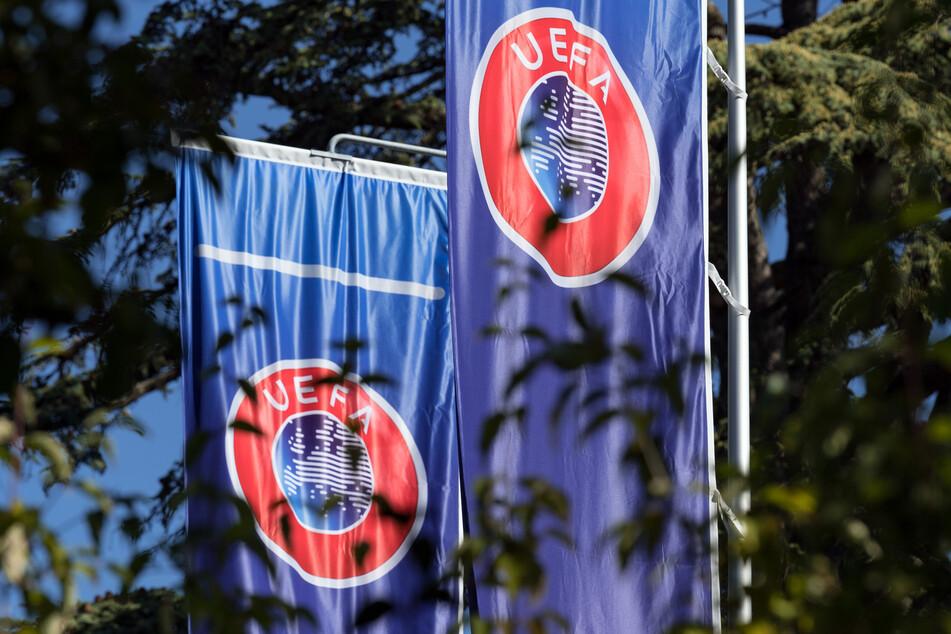 Die UEFA und die FIFA sehen die Planungen einer Superliga als Frontalangriff.