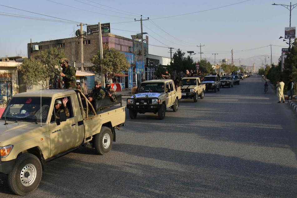 Afghanistan on edge as US departs, while Taliban asserts near full control