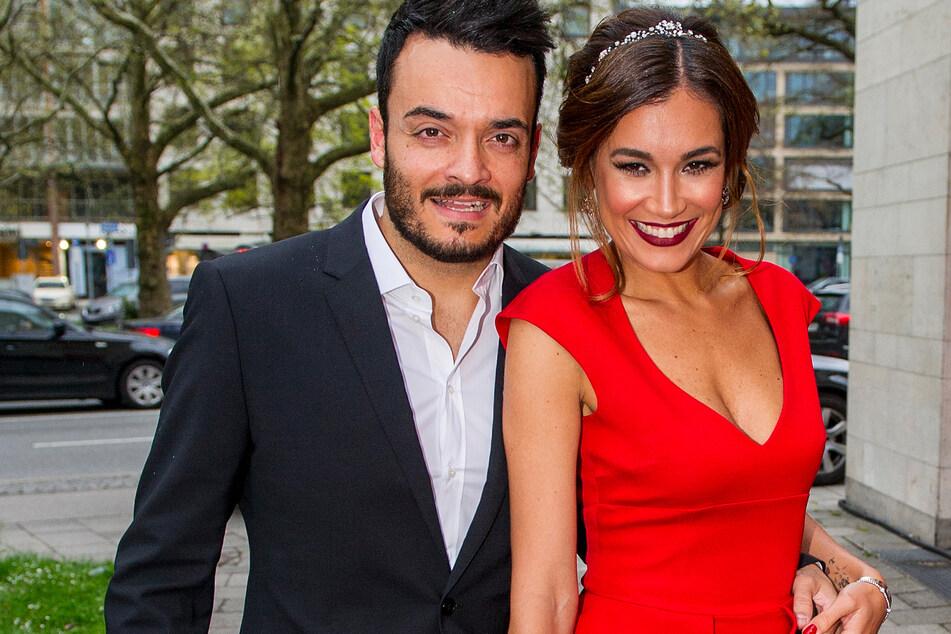 Model Jana Ina Zarrella (43) und ihr Mann, der Sänger Giovanni Zarrella (42) im Jahr 2014. Da war ihr Dackel Tyson schon längst mehrere Jahre an ihrer Seite.