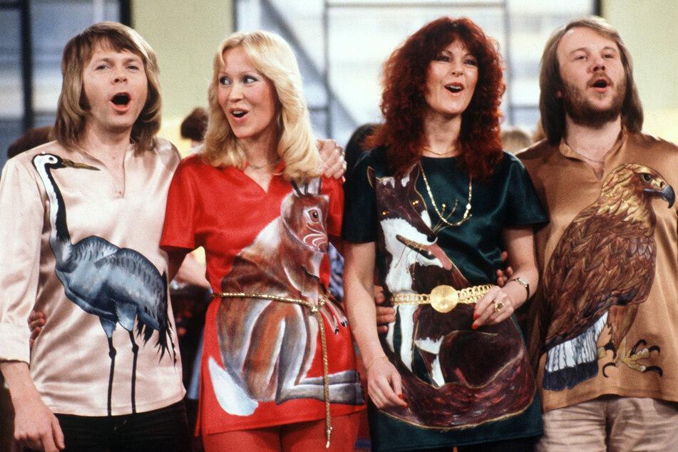 Björn Ulvaeus (v.l.n.r.), Agnetha Fältskog, Anni-Frid Lyngstad und Benny Andersson 1978 bei einem Auftritt im deutschen Fernsehen. Gibt's ein Comeback der legendären schwedische Popgruppe ABBA? (Archivbild)
