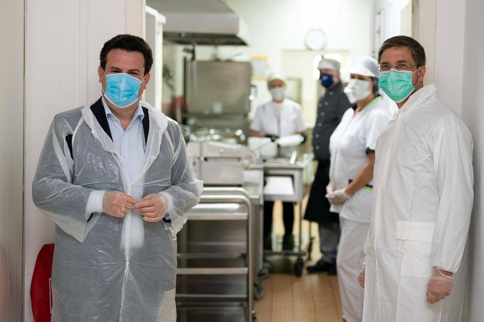 Der Arbeitsminister besuchte eine Küche in Potsdam.