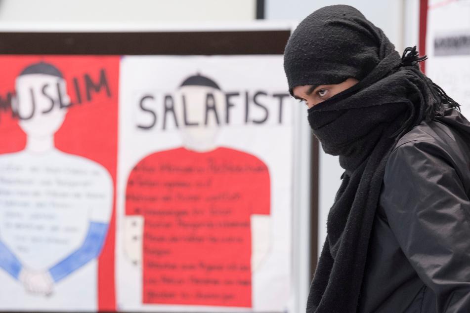 Radikalisierung verhindern: So viele Islamisten werden aktuell in NRW betreut