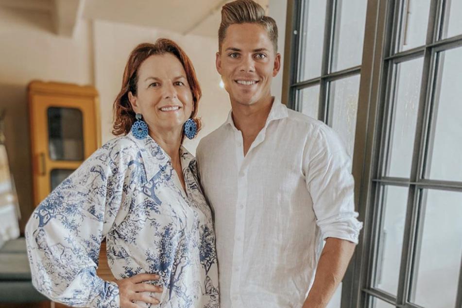 """Claudia Obert (58) und """"Big Brother""""-Gewinner Cedric Beidinger (26) machen gemeinsame Sache."""