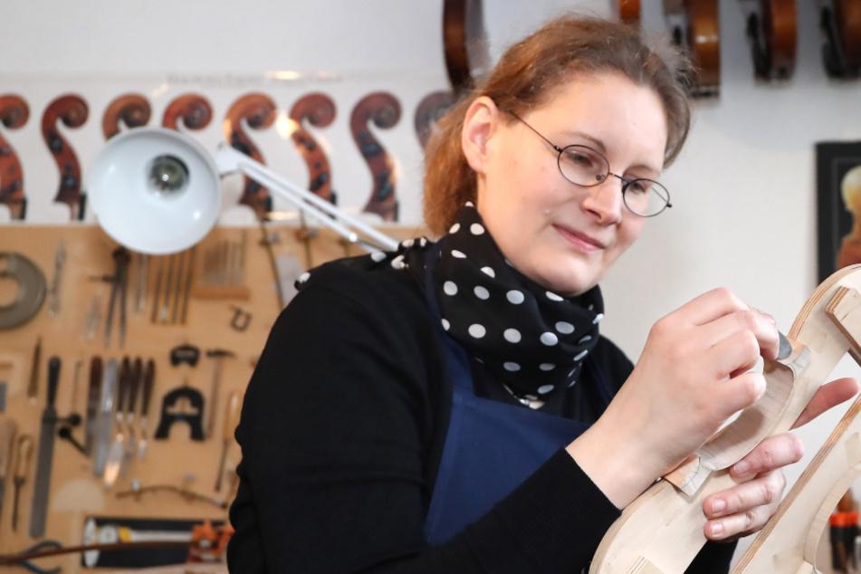 Himmel voller Geigen: Ahnenforschung führte Leipzigerin zum Instrumentenbau