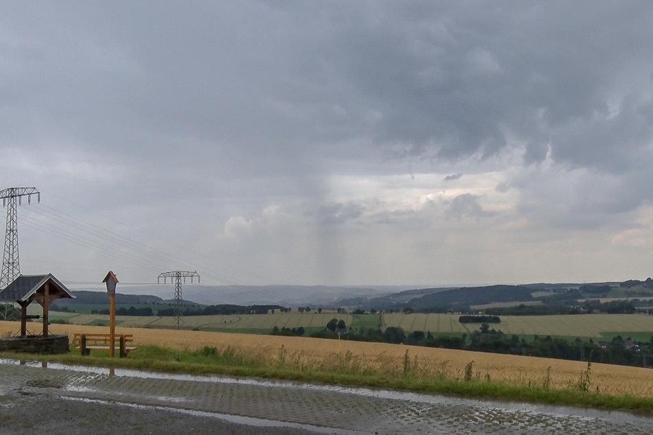 Am Sonntagnachmittag zogen schwere Gewitter über das Erzgebirge.