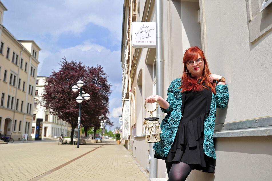 Baut zur Vorsicht neben ihrem Laden einen Online-Shop auf: Daniela Anis (31) am Brühl.