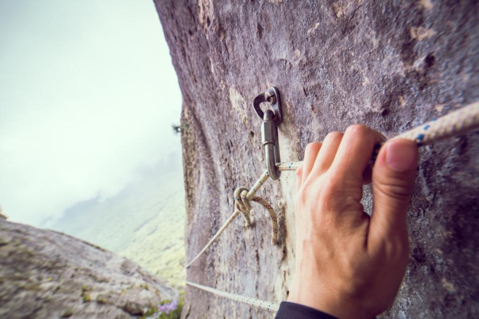 Die Kletterer bemerkten die Beschädigung am Seil glücklicherweise rechtzeitig. (Symbolbild)
