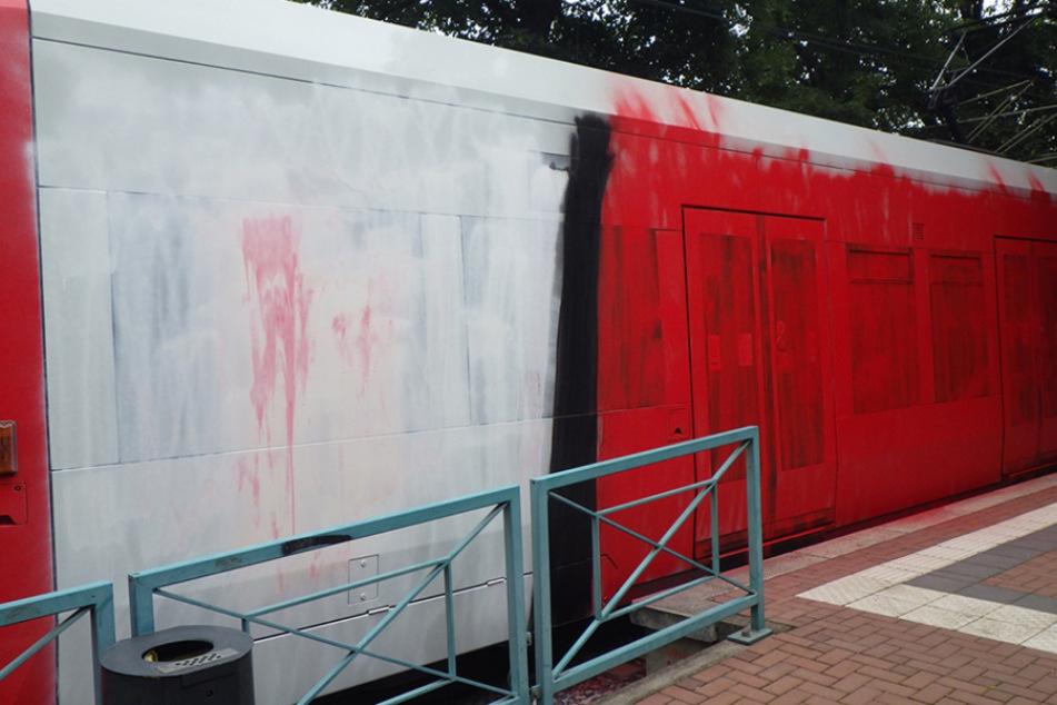 Sprayer-Überfall auf Kölner Straßenbahn