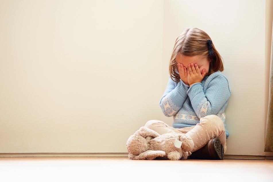 Die kleine Logan Bratton spürte schon früh, dass etwas mit ihr nicht stimmte. (Symbolbild)