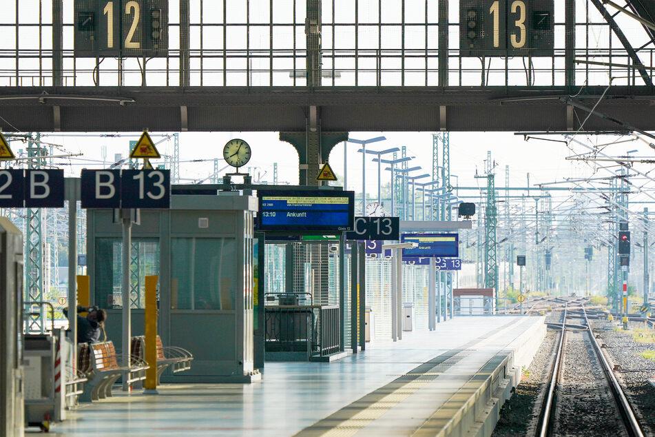 Es fahren keine Züge: Die düstere Aussicht für die nächsten Tage - sofern der Streik nicht jetzt noch platzt.