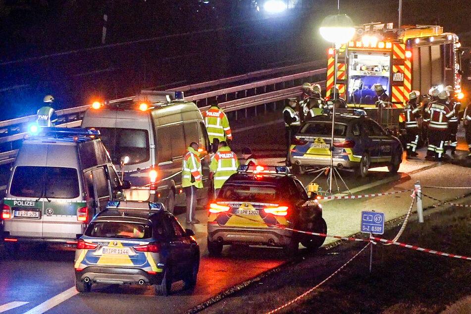 Zwei Polizisten sterben nach Unfall auf A6: Auto schleudert in Absicherug