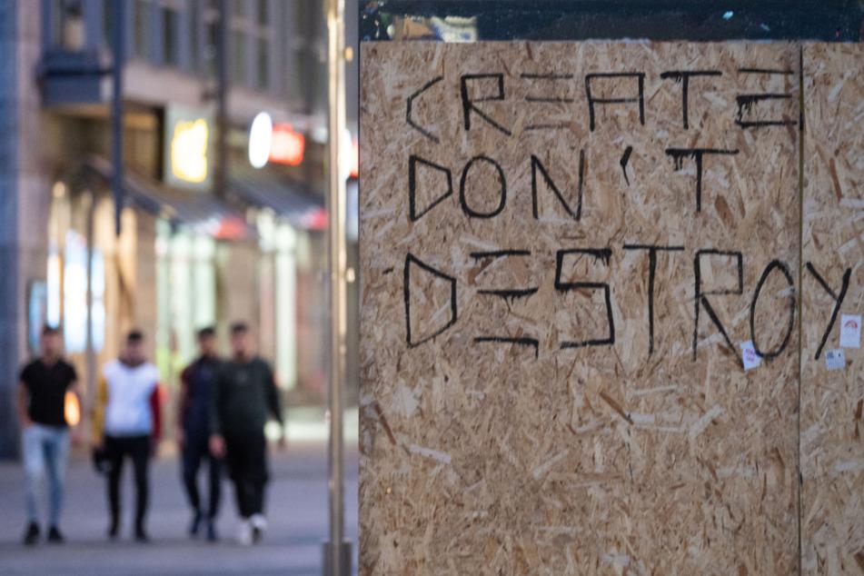 Nach der Chaos-Nacht in Stuttgart beginnt die Ursachensuche