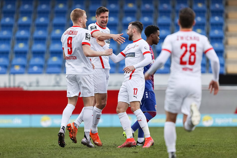 Traf bereits in der 1. Spielminute zum 1:0: FSV-Stürmer Ronny König (37).