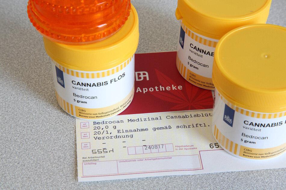 Seit 2017 können sich Patienten zur Schmerzlinderung Cannabis vom Arzt verschreiben lassen.