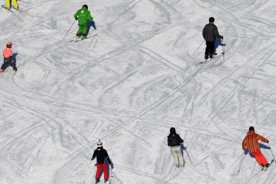 Skisturz während Reise mit dem Arbeitgeber: Arbeitsunfall oder nicht?