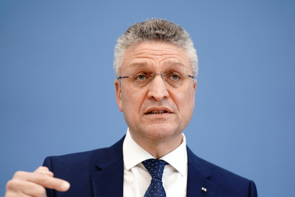 RKI-Boss Lothar Wieler mit Astrazeneca-Vakzin geimpft