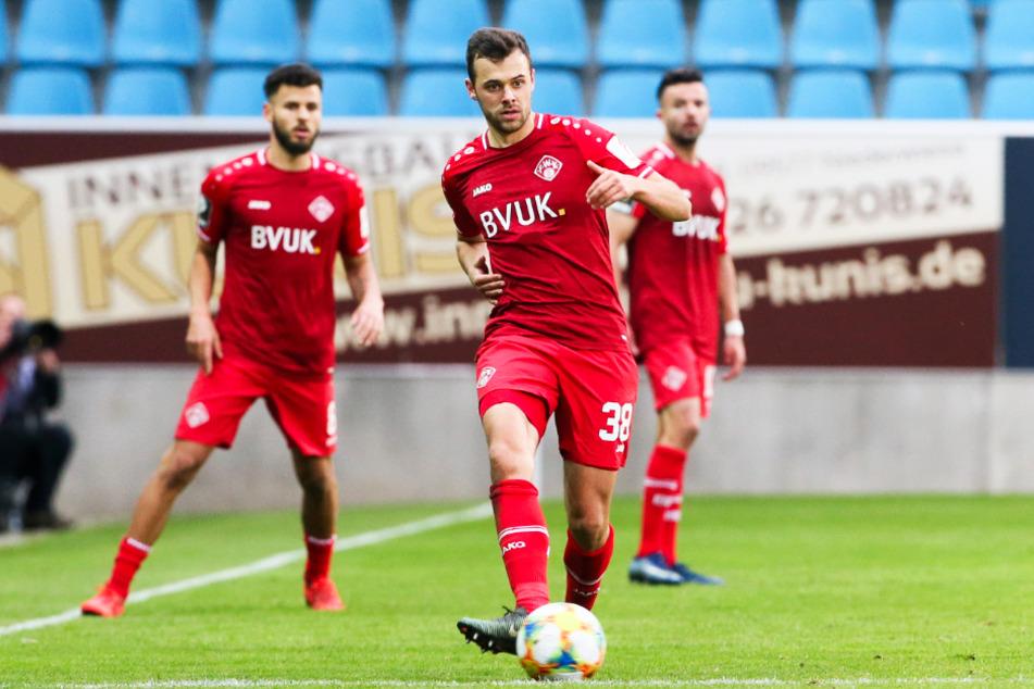 Robert Herrmann (27) spielte bereits in der Aufstiegssaison 2019/20 für den FC Würzburger Kickers.