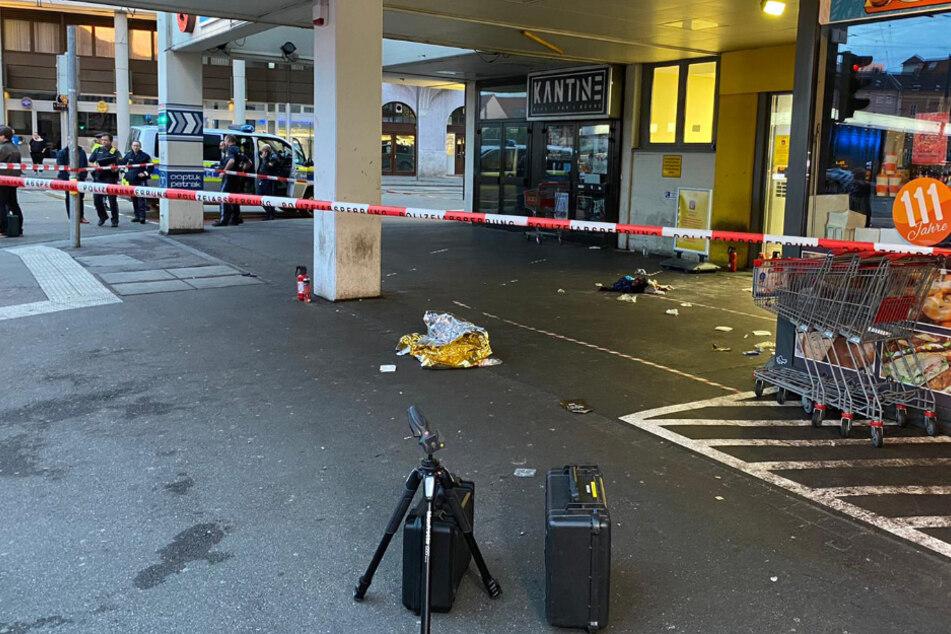 Einsatz in Augsburg eskaliert: Polizist schießt Ladendieb (19) an
