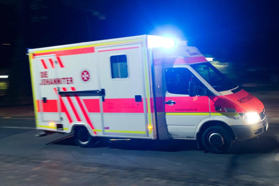 In der Nacht zu Samstag ist ein 62-Jähriger bei Woldegk mit seinem Opel eine Böschung hinuntergestürzt und getötet worden. (Symbolfoto)
