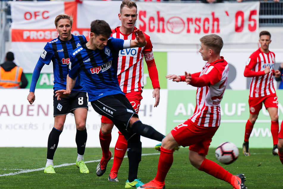In der Regionalliga Südwest herrscht erstmal Stillstand. Wegen der Corona-Pandemie wurden im November alle Spiele ausgesetzt.