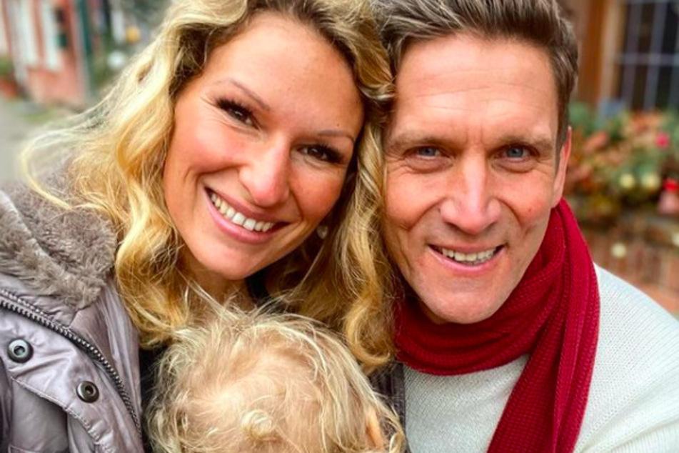 Janni Hönscheid (30) muss für mehrere Wochen von Ehemann Peer Kusmagk (45) Abschied nehmen.