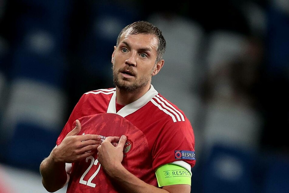 Artyom Dzyuba (32) at a Nations League soccer match between Russia and Hungary.