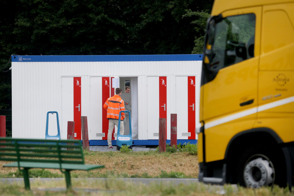 Duschcontainer für Lkw-Fahrer auf Rastplätzen im Test