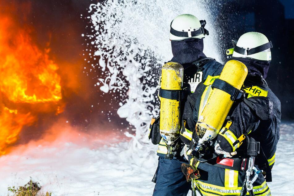 Verheerender Scheunenbrand im Vogtland: Kühe und Kälber sterben