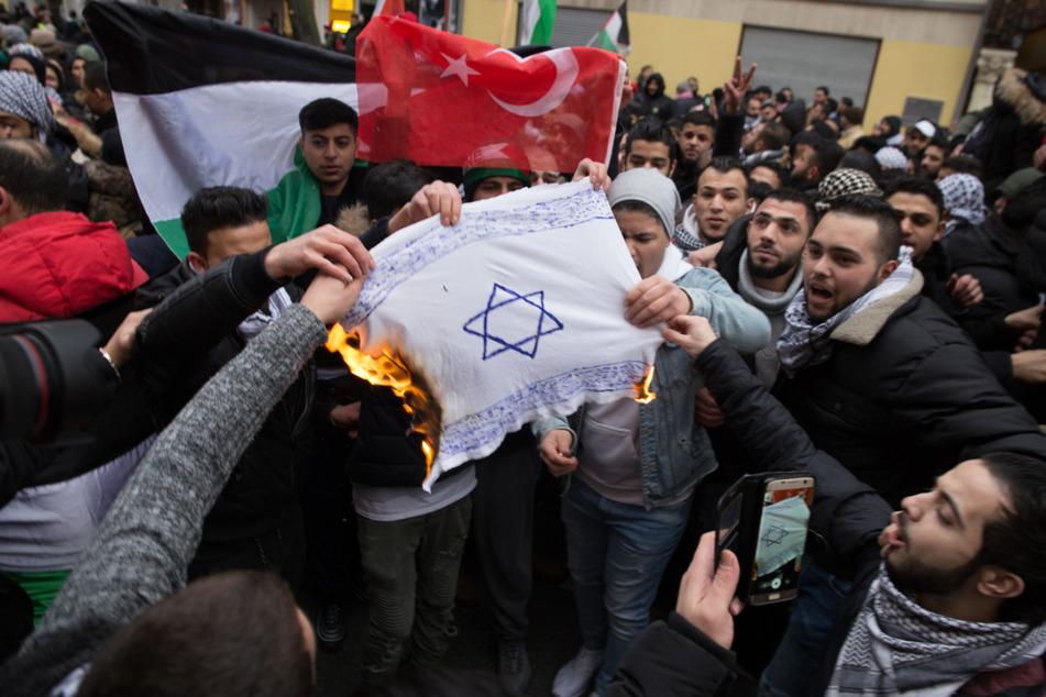 Antisemitismus: Juden fühlen sich massiv bedroht