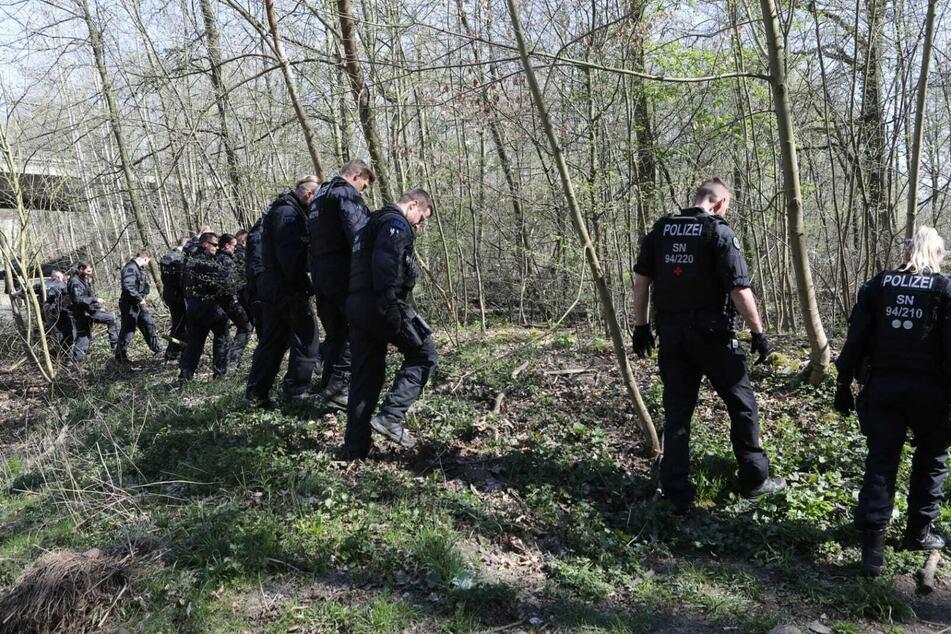 Leipzig: Frau mit Baby im Auwald niedergeschlagen: Mordkommission ermittelt