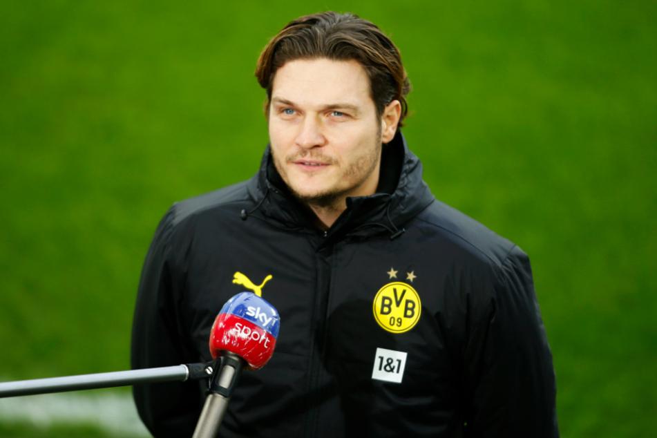 BVB-Coach Edin Terzic (38) kann sich in absehbarer Zukunft auf das nächste große Sturmtalent im Profikader freuen.
