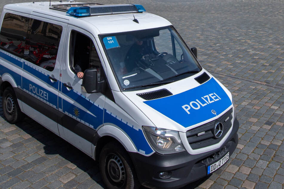 Zeugen gesucht! 21-Jährige in Dresden an Hauswand gedrückt und begrapscht