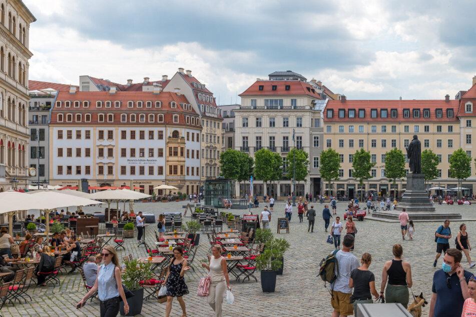 Polizei Dresden kontrolliert Maskenpflicht auf öffentlichen Plätzen