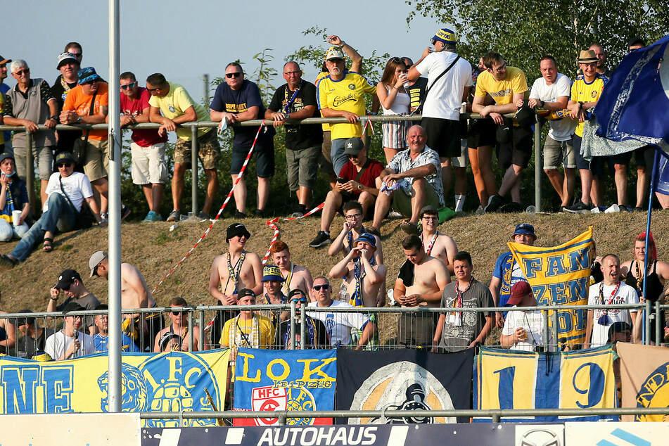 Insgesamt 1000 Zuschauer durften rein, für die Lok-Fans war es eine geschenkte Reise.